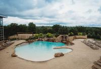 Ridgeview Outdoor Pool