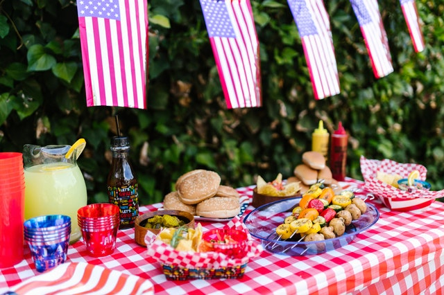 Tips for Avoiding Holiday Over-Indulgence | Stay Healthy This July 4th